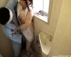   アダルト動画・画像の 巨乳の元カノと風呂セックスしました