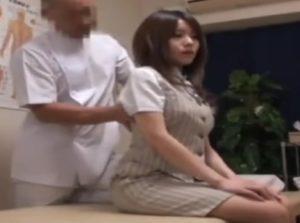 [動画]はじめ熱心に診療してるが結局は美人OLを丸裸にしてチ●ポをブチ込んだレイプ整体マッサージ師!!!